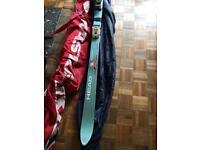 Ladies skis