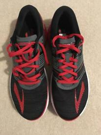 Brooks Pure Cadence 6 Mens Running Shoes - Black Size UK 7.5