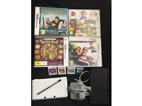 Nintendos 3Ds ice white with games