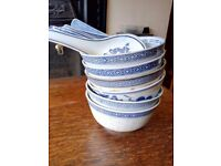 Beautiful set of Oriental rice bowls with spoons, perfect condition, hand-painted