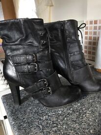 Ladies black leather boots size 4 as new