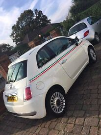 fiat 500 lounge white gucci low milage!