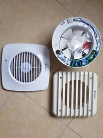 "Simply Silent DX150S 6""/150mm Square Extractor Fan With Humidistat And Timer"