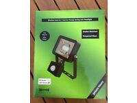 LED 10W Slimline Floodlight Interior or Exterior