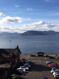 Spacious 2 bedroom flat with river views in Gourock
