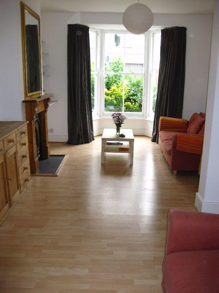 Living Room Borders Victorian 2 Bedroom House In Newington Green Islington Stoke