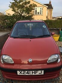 Red Fiat Seicento. Only 2 owners. Great little car.