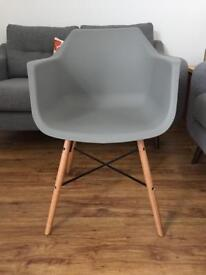 4 x brand new dining chairs