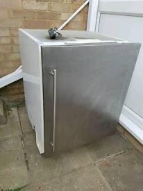 Integrated freezer with door