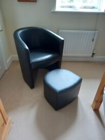 HICKS WIDE TUB CHAIR BLACK WITH UNDERNEATH STOOL