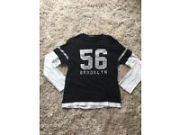 Black small mans long sleeve top
