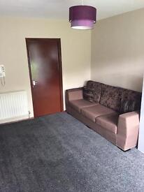 FULLY FURNISHED 1 BEDROOM FLAT, ETHEL RD (LE5) £500 pcm
