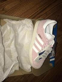 Women's gazelles size (6.5) suede with rubber soles and white stripes , 65