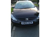 Car for sale, Peugeot 307, 1.6 petrol, black 2005, FSH