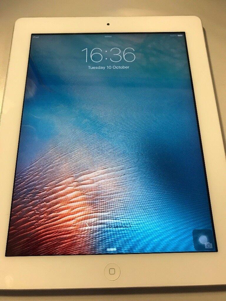 Apple iPad 2 16gb in white for sale (not mini ipad)