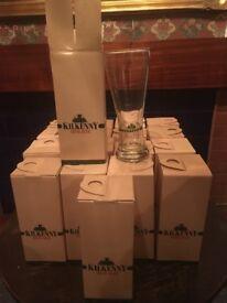 - 18 Very Rare Kilkenny Irish Beer Pint Glasses