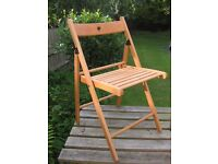 Wooden folding chair. 5 chairs for sale