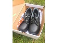 Safety shoes - size 3 - brand new