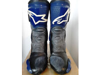 ALPINESTARS SMX ROAD/RACE MOTORCYCLE BOOTS.