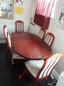 Extendable mahogany table and 6 chairs