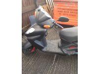 Sym Shark moped