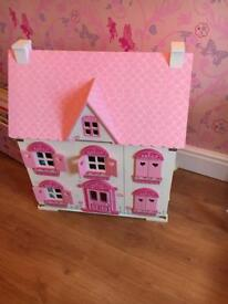 Early learning doll house
