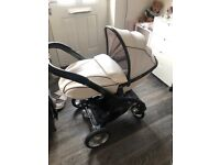 Egg pushchair arctic white with all accessories