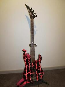 BC RICH 1980'S P-BASS BLK/PINK CRACKALACK, LIBERATORE NECK West Island Greater Montréal image 4