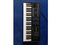 sequential circuits six-trak six trak analog synthesizer