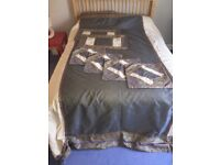 Indian silk bedspread/duvet with matching pillows and cushions