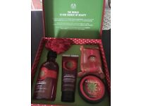 "Women's Lovely ""The Body Shop Gift Set"" new in box"