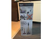 **BRAND NEW** unopened Handheld Cordless Dyson V8 Absolute with *5 Year Guarantee*