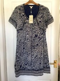 """Monsoon Women's Navy Patterned Sequinned Dress. Size 12. NEW WITH TAGS. RRP-£59. Length - 35"""""""