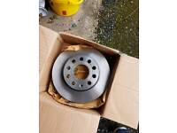 Vw golf Trw Df4271 rear brake discs
