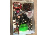 Warhammer 40k Chaos Space Marine Army comes with Paints etc