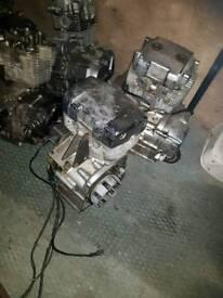 Various 125 engines. Spares or repairs