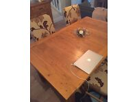 Solid Oak dining set with 4 chairs