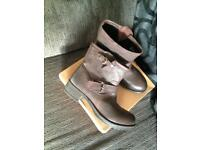 Wrangler Ladies Leather Boots sz7 NEW IN BOX