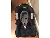 Graco car seat in immaculate condition