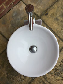 Round Basin with Stand and Tap