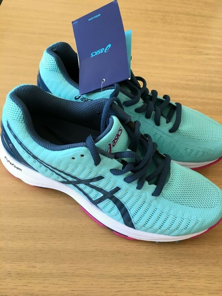 girls asics trainers size 3