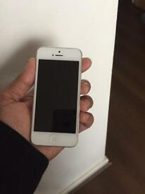 iPhone 5 16gb locked to Vodafone network. Good condition