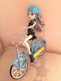 Monster high Boltin Bicycle Frankie Stein