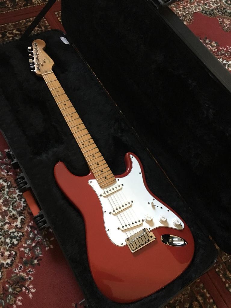 Fender USA Standard Stratocaster & Case