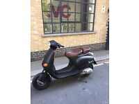 Vespa ET4 125cc Scooter Only selling £650