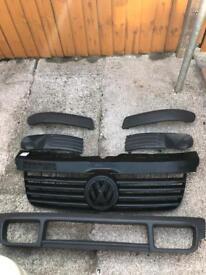 T5 front bumper plastics