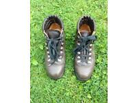 Ladies Leather Walking Boots