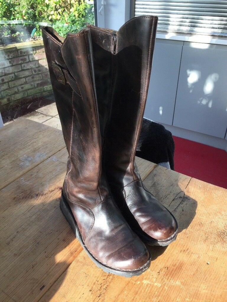 Fly knee high boots size 6/Euro 39