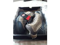 Mens size 7 work boots