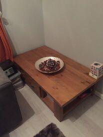 Next hartford coffee table